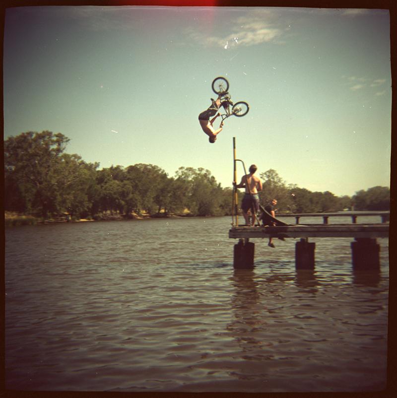 stuntbike1